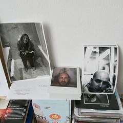 Isra Cubillo Tres retratos y un análisis grafológico