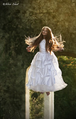 Kristina 2014 (alinashost) Tags: portrait girl fly flying levitation whitedress levitazione