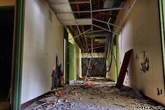 L'exterminateur (Abandoned Rurex World.) Tags: urban abandoned quebec exploration mga qc hdr urbex hôtel urbaine 2015 explored rurex