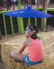 Lia painted face_umbrella 8536PatLam (Studio5301) Tags: costumes festival kids children drums kilt bellydancer drummer faire clan renaissancefaire chld arizonarenaissancefestival fairycostumes studio5301 festivalsinphoenix patricialam patricialamphotographycom