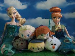Disney Tsum Tsums Frozen (sh0pi) Tags: birthday anna olaf frozen doll dolls disney plush sven elsa mattel disneystore fever puppe puppen kristoff tsum stapeln stackable stapelbar eiskönigin tsums partyfieber