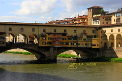 Ponte Vechhio with Vasari's Corridor on Top (U A Satish) Tags: pontevechhio florence italy firenze italia bridge vasariscorridor riverarno outdoor sky clouds buildings architecture httpuasatishcom uasatish travel archbridge