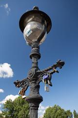 Light of love (Fred J Carss) Tags: light bridgelight clydeside padlocks 2016 glasgow scotland canon