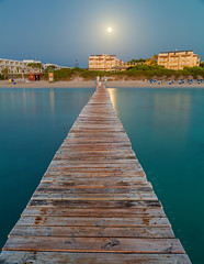 Moonlit (buddsnax) Tags: moon dawn jetty majorca mallorca spain beach ocean mediterranean boardwalk balearic balearicislands