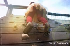 Catharina (Stefan Lambauer) Tags: catharina sesc flare climber sun sunny alpinista climb parquinho baby criança kid infant menina filha santos sãopaulo brasil brazil 2016 br