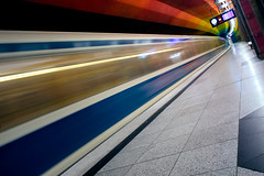 incoming (Stadt_Kind) Tags: ubahn subway underground munich mnchen bavaria bayern germany deutschland europe longexposure colourful vollformat sonyilce7 sonya7 stadtkind urban urbex diagonal pattern