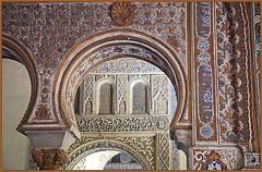 Dans l'Alcazar, Sevilla, Andalucia, Espana (claude lina) Tags: claudelina espana spain espagne andalucia andalousie ville town city architecture sville sevilla alcazar alcazarsevilla