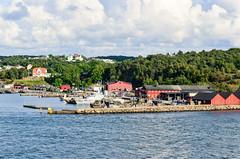 Arriving in Gteborg by ferry (jbdodane) Tags: cycletouring cyclotourisme europe freewheelycom goteborg sweden jbcyclingnordkapp