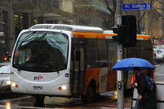 7291-AO(AU), Queen Street, Melbourne, September 15th 2016 (Suburban_Jogger) Tags: bus omnibus publictransport passengertravel transdev melbourne victoria australia september 2016 spring canon 60d 1855mm vehicle 668 7291ao queenstreet route234 man16240 designline