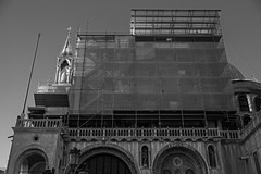 architectural forms and movements, renovation (II), San Marco, Venice, Italy, Nikon D40, Sigma 18-50mm EX DC MACRO, 10.21.16 (steve aimone) Tags: architecture architecturalforms someveiled renovations sanmarco venice italy nikond40 sigma1850mmexdcmacro blackandwhite monochrome monochromatic city cityscape