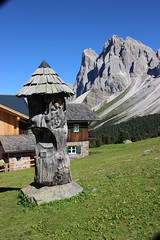 Rifugio Brogles (stgio) Tags: mountains dolomiti altoadige valgardena malghe rifugi summer trekking escursioni
