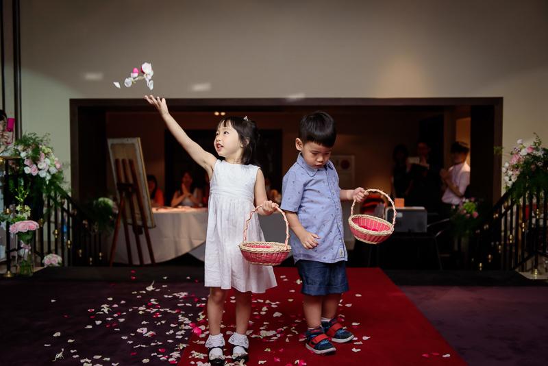 國賓婚攝,台北國賓,國賓飯店婚宴,新秘Miko ,婚攝小勇,台北婚攝, 愛瑞思新娘秘書造型團隊,西敏英國手工婚紗,小寶工作室-015