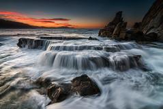 Sunset waves (BIZKAIA) (Jonatan Alonso) Tags: sunset seascape waves bizkaia azkorri