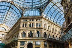 La Galleria Umberto I , Naples, Italie (ansyphotos) Tags: architecture europe country ita naples italie galleriaumberto paysvisits zenfolio naplesnapoli italieitalia plafondvitr architecturemaisonstructure
