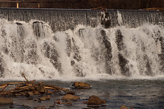 New York - Bronx River Falls (Lojones13) Tags: newyork river bronx scenic waterfalls