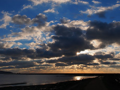 Cloudscape (Susan SRS) Tags: blue sea england sky cloud sun water hampshire watersedge cloudscape keyhaven