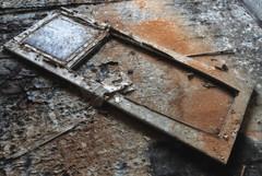 The Door (schmaeche) Tags: door house building abandoned wooden sand haus villa orte holz tr verlassen zeitz saxonyanhalt sachsenanhalt eigenschaften