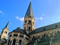 Mnsterbasilika Bonn (latariosreise) Tags: church germany deutschland bonn cathedral kirche bluesky clear rhine rhein blauerhimmel nordrheinwestfalen mnster wahrzeichen klar mnsterbasilika basilikaminor appleiphone6