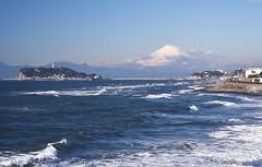| The view of Mount Fuji and Enoshima island from Inamuragasaki, Kamakura (Iyhon Chiu) Tags: sea japan landscape coast kamakura mountfuji d750  enoshima     mtfuji fujisawa   2014      sigma70300mmf456  nikond750