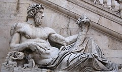 Piazza del Campidoglio (richardr) Tags: old italy sculpture man rome roma male heritage history italian europe italia european roman historic tiber mythology europeanunion myth deity lazio piazzadelcampidoglio capitolinehill palazzosenatorio