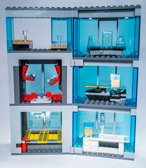 Lego 76038 - Avengers Starck Tower Attack (gnaat_lego) Tags: lego ironman vision superheroes thor marvel starck avengers ultron 76038 ageofultron attackonavengerstower