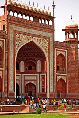 Taj Mahal 208 (David OMalley) Tags: world india heritage river site tomb taj mahal agra unesco mausoleum shah pradesh uttar jahan mughal mumtaz yamuna