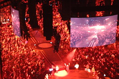Red is the color...for a moment (bobmendo) Tags: church musicvideo pentecostal hillsong lettherebelight finalnight hillsongchurch hillsongconference2016 carllenks