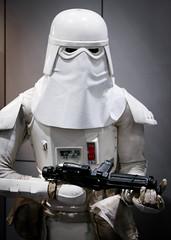 1DX_3834 (felt_tip_felon) Tags: starwars force cosplay stormtroopers empire jedi newhope darkside sith darthmaul raypark empirestrikesback returnofthejedi phantommenace excelcentre forceawakens starwarscelebrationeurope2016london