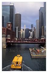 TAXI !!!!!!! (Joe Geronimo) Tags: chicago taxi river city buildings illinois newyork cab cubs whitesox bears blackhawks travel family camera kodak agfa photography usa america pizza hotdog food wine beer michigan lake pier lighthouse millenniumpark thebean