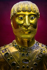 Buste de St Baudime (BL : : photos) Tags: statue stbaudime stnectaire glise church auvergne puydedme montsdore panasonic lumix lx100