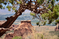 Lean On Me (Rural Roads Photography) Tags: colorado coloradonationalmonument mountains rocks rockformations landscape nationalpark