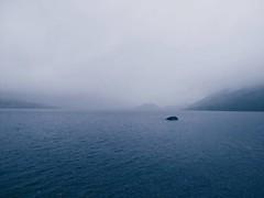 Lago Sanabria (Xenia Blanco.) Tags: lago lake sanabria spain espaa canon niebla fog blue grey gris azul agua water mountains montaas geology geologia glaciar glacial glaciallake air sky paisaje