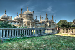Royal Pavilion (Anthony Plancherel) Tags: canon canon1585mm canon70d hdr tonemapped pavilion villa royal building architecturephotography architecture travel travelphotography outdoor outside indian oriental dooms palace balastrade fence wall stone trees bluesky blue sky brighton eastsussex luxury extravagant grass lawn england english british greatbritain uk unitedkingdom outdoors category external places royalpavilion opulent sunlight shadow shadows bushes feathers