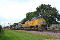 UP 8806 EMD SD70ACe (Trucks, Buses, & Trains by granitefan713) Tags: train freighttrain up unionpacific rochelle genevasub upgenevasub railroad railfan emd electromotive emdsd70ace sd70ace emdpower intermodal stacktrain wellcar container containertrain