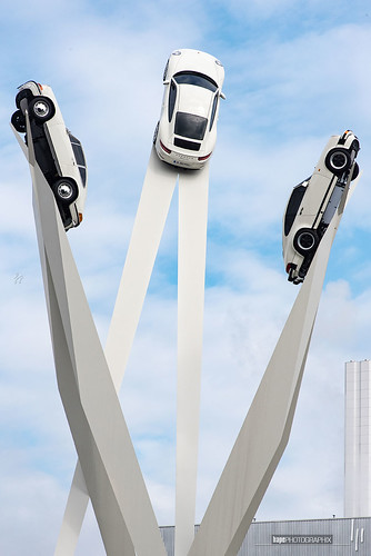 Porsche Platz Monument