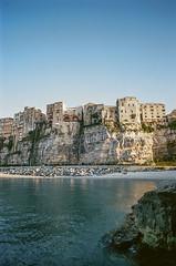 odysseus (holger_patz) Tags: camera italien sea italy house film rock stone analog iso100 nikon mare f100 ciao prego bella calabria grazie tropea 2014 ekta100 scusi holgerpatz