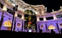 Las Vegas-Forum Shops at Christmas