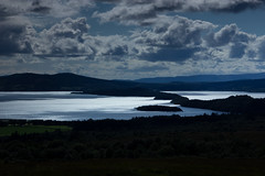 Loch Lomond (rebecca.vanhulle) Tags: sky cloud sun lake mountains nature water sunshine clouds dark landscape photography scotland fotografie rebecca natuur hills loch heavy lomond trough landschap schotland photograf vanhulle rebeccavanhulle