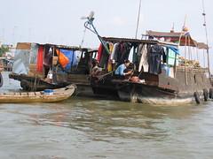 Shop/House Boats Cai Be Vietnam