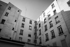 Paris, February 2015 (Lepidoptorologic beauty*) Tags: urban paris blackwhite xpro fuji noiretblanc 28mm wideangle fujifilm schwarzweiss fujinon bianconero lightroom 18mm crnobelo xpro1 xtrans lr5 lightroom5 parisisapostcard fujixpro1 fujifilmxpro1 fujinonxf18mmf2r xf18mmf2r xf18mm xf18mm20