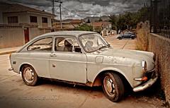 Un da gris pero alguito azulado (CUSQUENIAN) Tags: auto street old cars car vw vintage calle cusco carro autos viejo mariscal qosqo gamarra kijllu