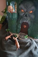 Blythe in He- man's castle (pe.kalina) Tags: man doll dolls master blythe he universe petite dollhouse lps paskuda
