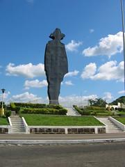 Statue of Sandino