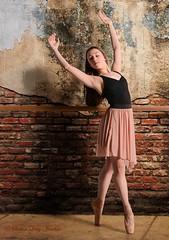 DSC_0600b wm web (Susan Day-Jeschke) Tags: dance contemporary ballet pose posing balletshoes toeshoes jumps leaps leotard skirt barre