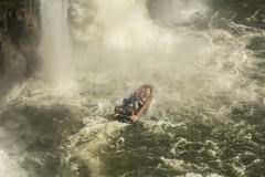28072016-_GOC0504 (Gustavo Occelli) Tags: agua aventura brasil cascadas cataratas embarcacin fozdoiguaz gomn landscape naturaleza nautica paisaje rompiente transporte