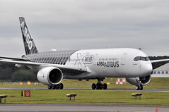'AIB350' FAB-FAB (A380spotter) Tags: taxi taxiin airbus a350 a350xwb xtrawidebody extra 900 fwwcf 002 secondprototype 2nd demonstrator airbussas aib aib350 fabfab flyingdisplay fia16 sbacfarnboroughinternationalairshow2016 runway24 24 taglondonfarnboroughairport eglf fab