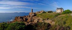 PLOUMANAC'H (claude.lacourarie) Tags: ploumanach breizh bretagne 22700 perrosguirec landes mer rochers granit rose cte heather pink rocks sea coast phare lighthouse faro
