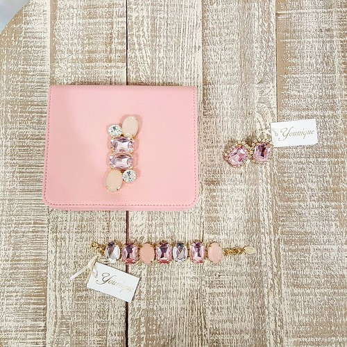 Pink Mood by YOUNIQUE : jewelsbag, Earrings & bracelets. Total look Younique baby Pink. #babypink #rose #lightrose #accessori #personalizzati #madeinitaly #handmade #collane #bracciali #spille #orecchini #earrings #younique #ottone #gold #Look #capsulecol
