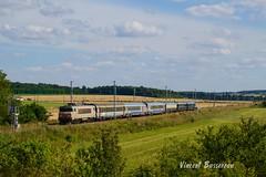 01-08-16 BB 7277 & train W  V140 BX PLY (vincent037) Tags: train sncf vide voyageur w bb7200 7277 bordeaux kinder orient express voiture