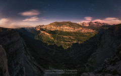 Ordesa Moonlight (Guillermo Garca Delgado) Tags: ordesa pirineos pyrenees valle valley night moon moonlight monte perdido aragon parque nacional espaa huesca panoramic panoramica stars sky